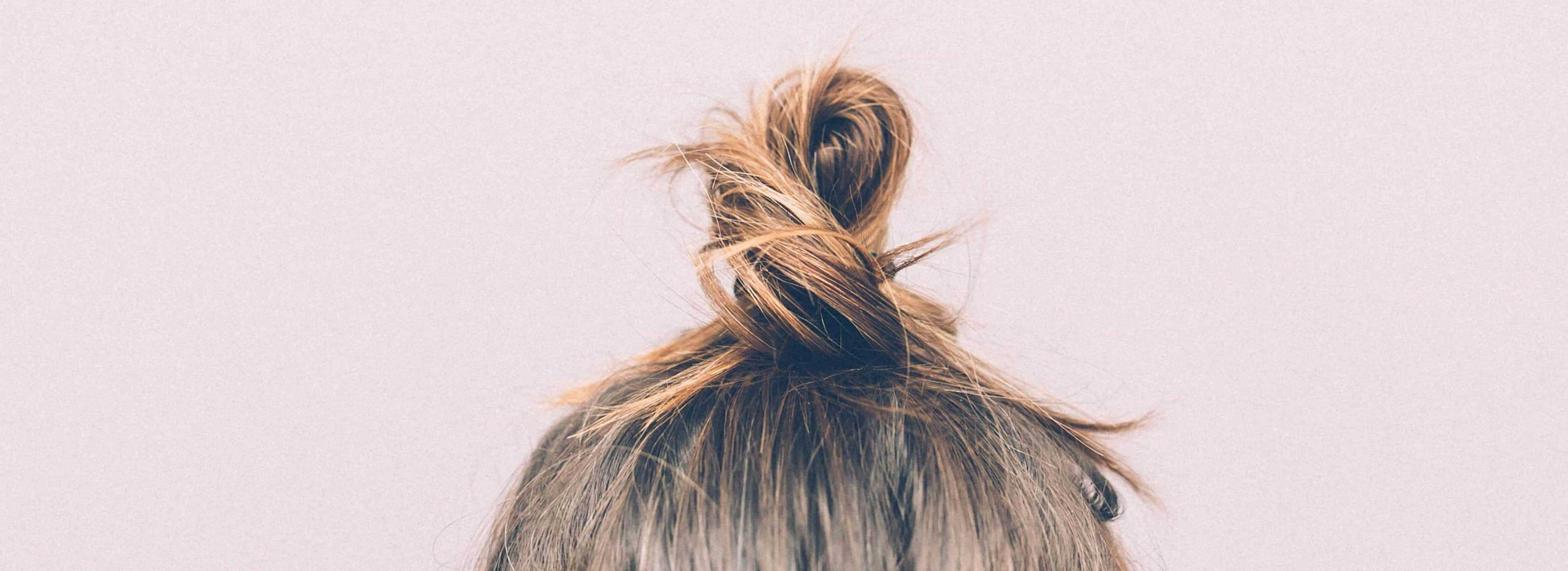 Girl's Hair Bun